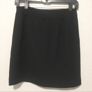 Ann Taylor LOFT Solid Black Mini Black Skirt Sz 0P